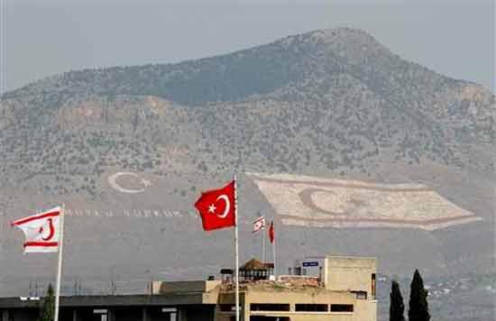 Κυπριακό: Πέρα από το Κοινό Ανακοινωθέν