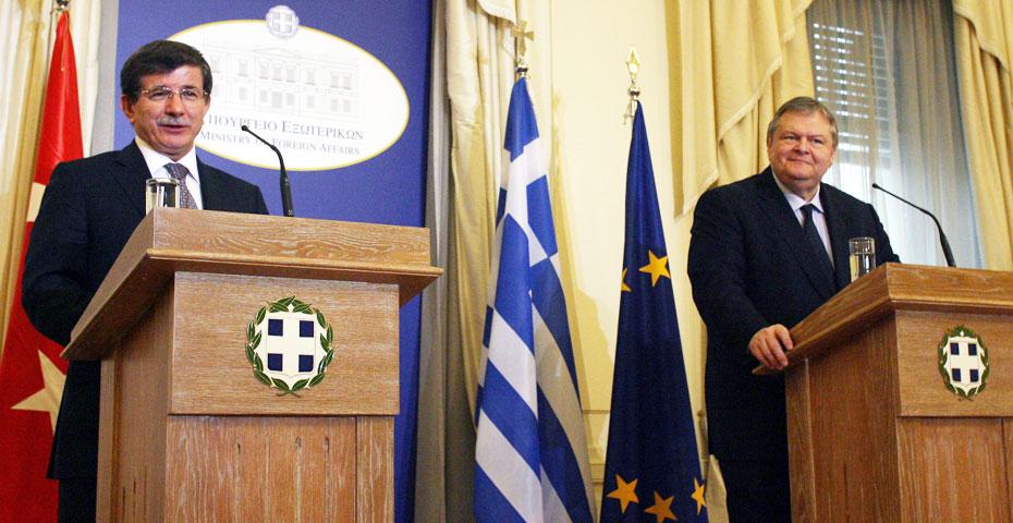 Αμφιλεγόμενες δηλώσεις Έλληνα διπλωμάτη στην Κύπρο