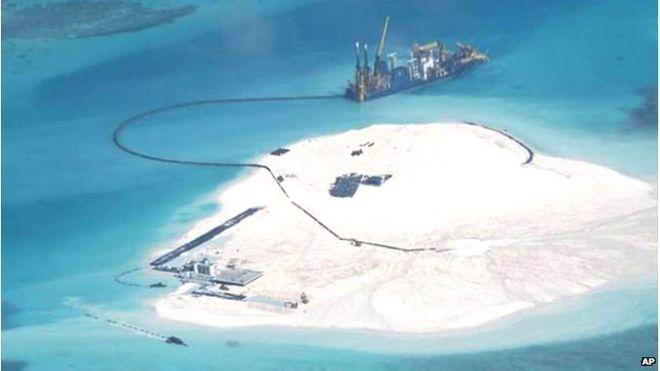 ΑΟΖ από το πουθενά οι Κινέζοι – China building 'great wall of sand' in South China Sea