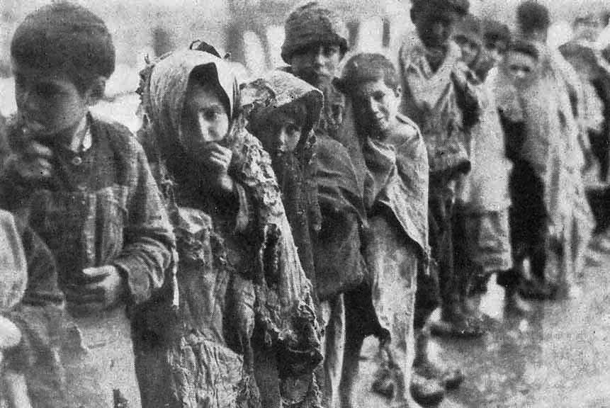 Σταύρου Λυγερού, Φίλης, Κουμουτσάκος, Πόντιοι και γενοκτονία