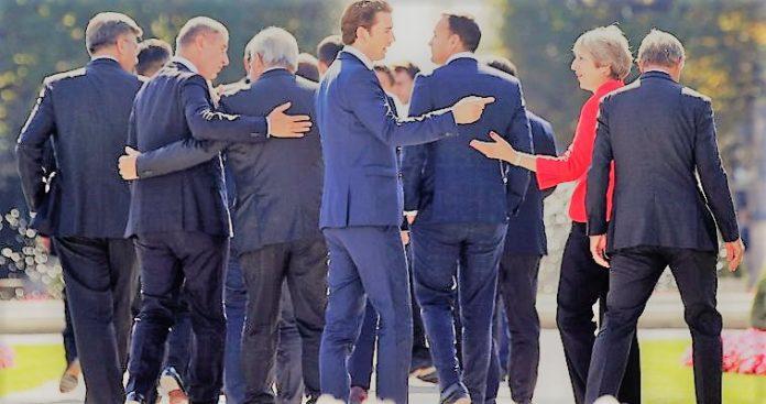 Μάρκος Τρούλης, Χειραγώγηση και οι «πεφωτισμένες» ευρωπαϊκές ελίτ