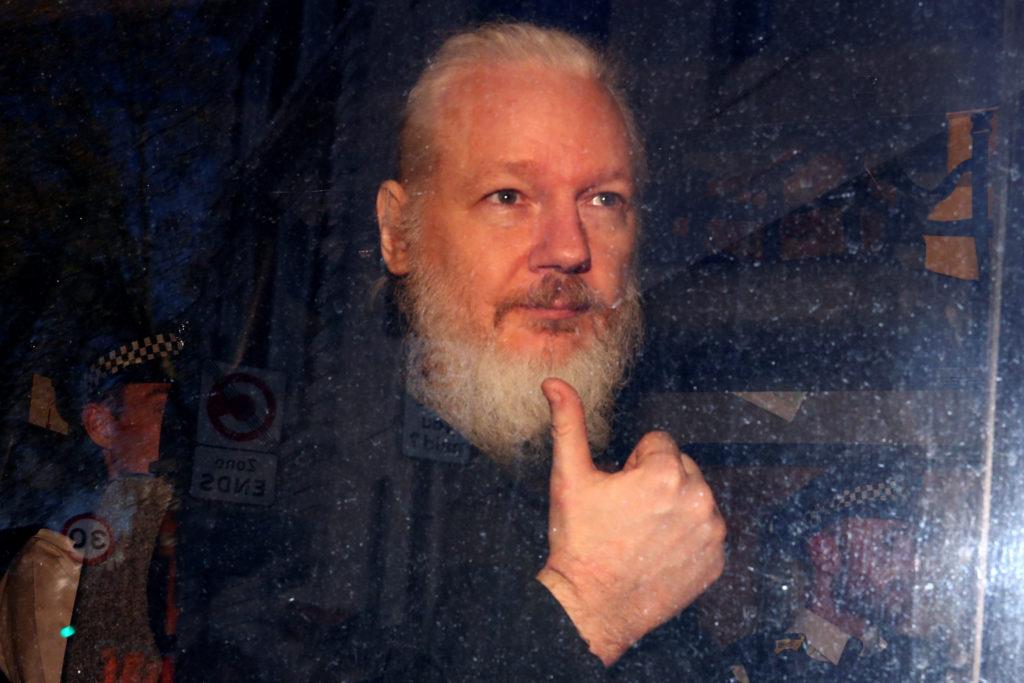 Τι μάθαμε από το WikiLeaks, Κώστας Μαυραγάνης